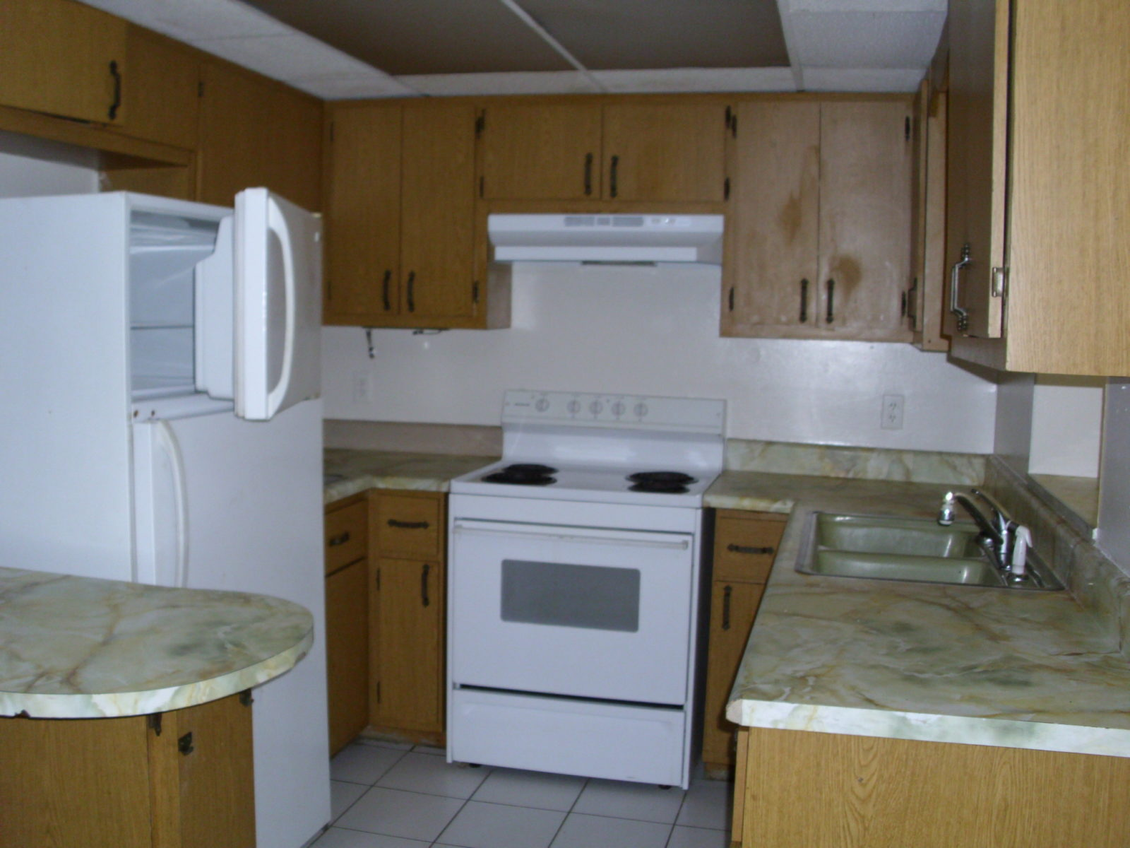 607 a center rd south ft myers  cheap rent usa  save